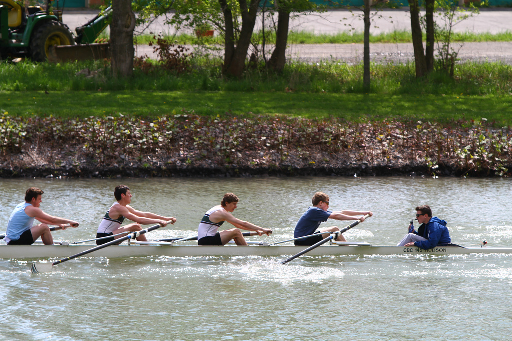 You need to pull together rather than separately for optimal results. (Cornell Rowing Team  by Chris Waits)